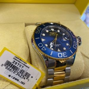 Invicta Brand new in box diver watch